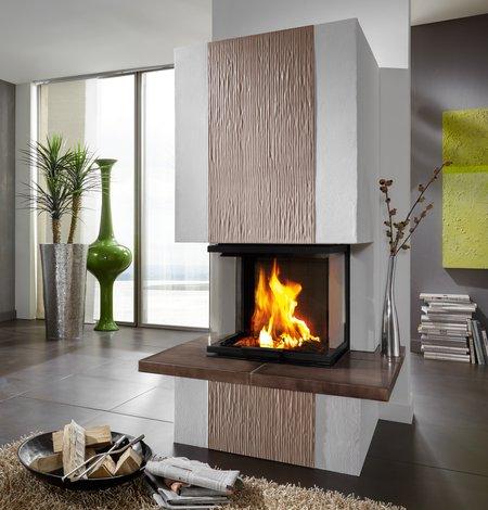 Der Heizkamin bietet ein attraktives Flammenspiel und eine hohe Heizleistung.