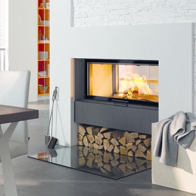 Moderne Holzfeuerstätten sorgen für ein fasziniern sinnliches Gefühl.