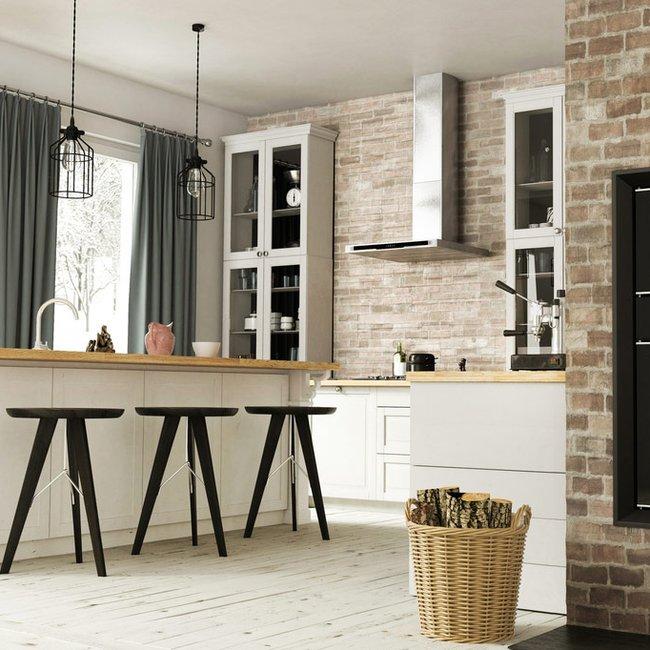 In speziellen Kachelöfen kann Holz ökologisch und ökonomisch zum Wärmen und Kochen verwendet werden.