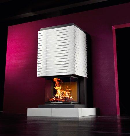Der Heizkamin mit innovativer Technik und modernem Design ist eine Einladung zum Wohlfühlen.