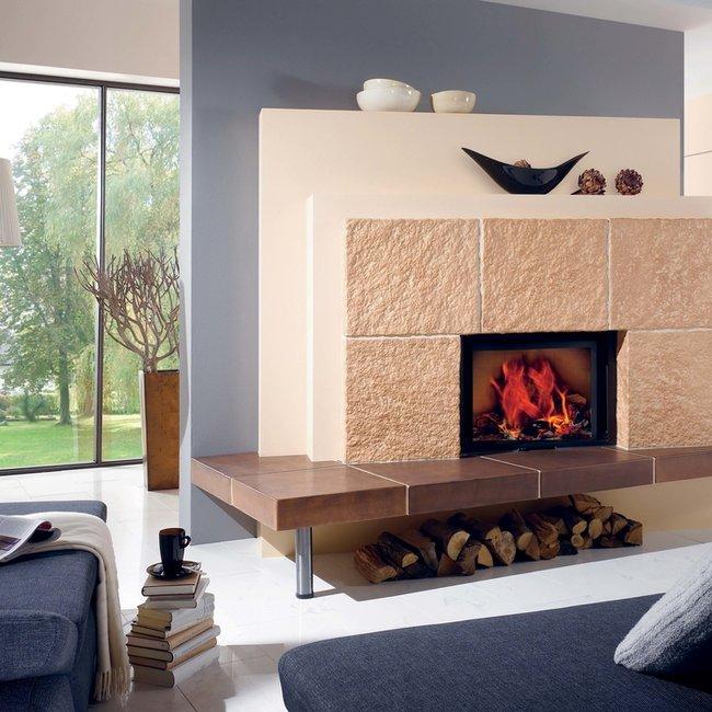 Moderne Holzfeuerstätten machen autark und unabhängig von fossilen Brennstoffen.